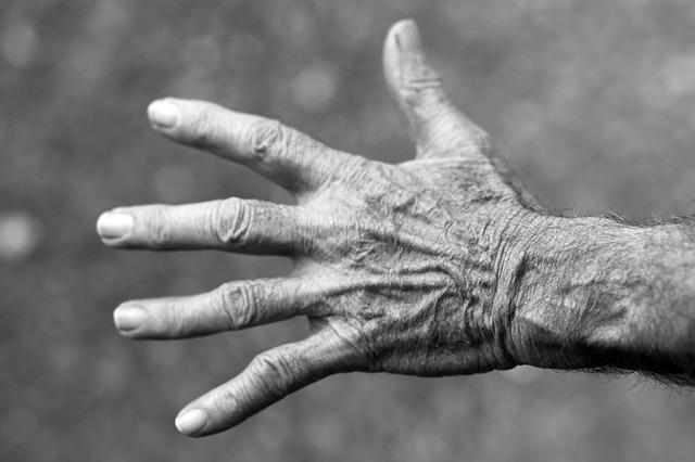 fibromyalgia hand pain